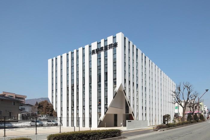 長野県医師会館01